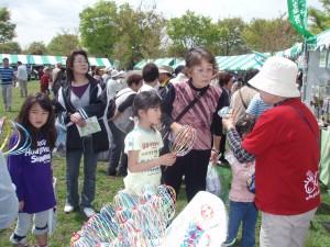 くるくるレインボーは公園中で大人気!